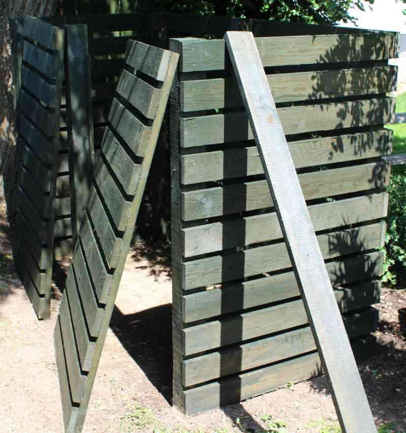Aftagelig sidebeklædning på kompostbeholder