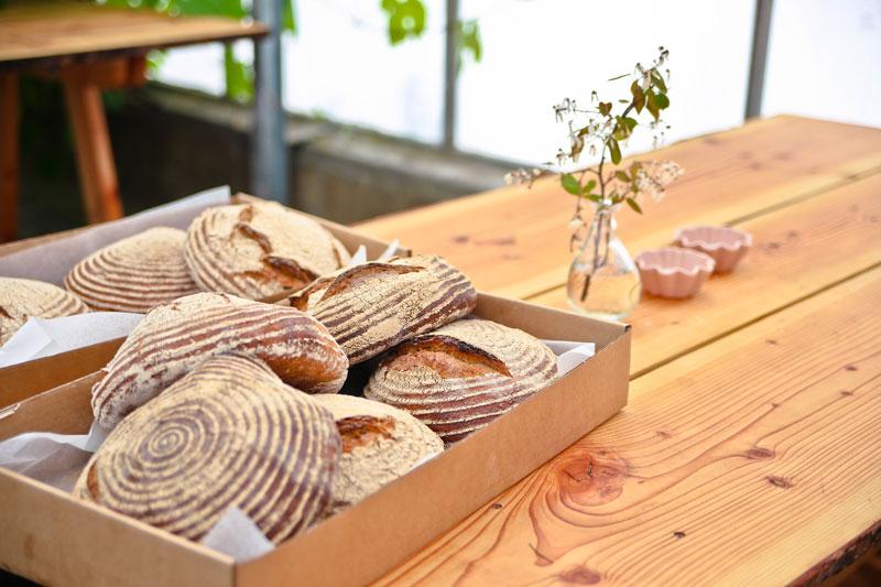 Nybagt brød fra Grennessminde bageri