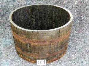 Halv whiskytønde til haven